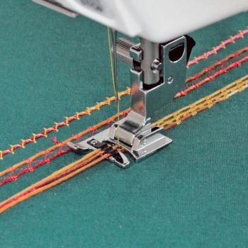 Stopka do naszywania ozdobnych sznurków (do maszyn z szerokością ściegu 9 mm)