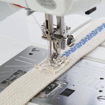 Stopka do naszywania aplikacji i ściegów ozdobnych (do maszyn z szerokością ściegu 9 mm)