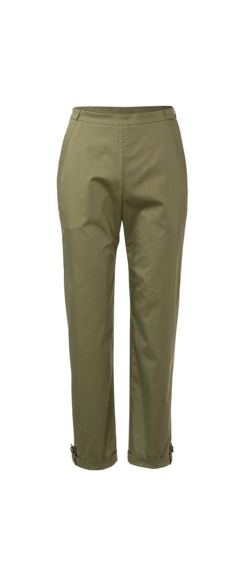 Wykrój krawiecki BURDA na spodnie zzamkiem zboku, kieszeniami wkarczkach biodrowych ipodwinięciem