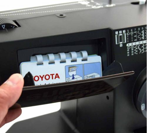 Toyota Super Jeans 34 - Maszyna do szycia