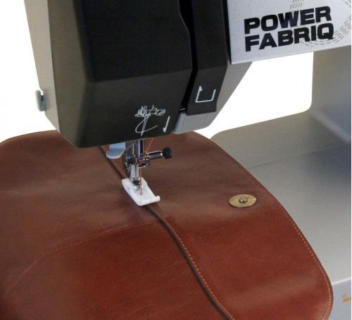 Maszyna do szycia Toyota Power Fabriq 17