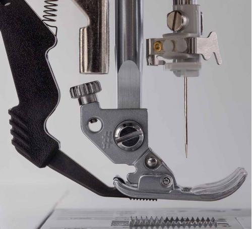 Maszyna do szycia Pfaff Quilt Ambition 630 + GRATIS szpulki + nici