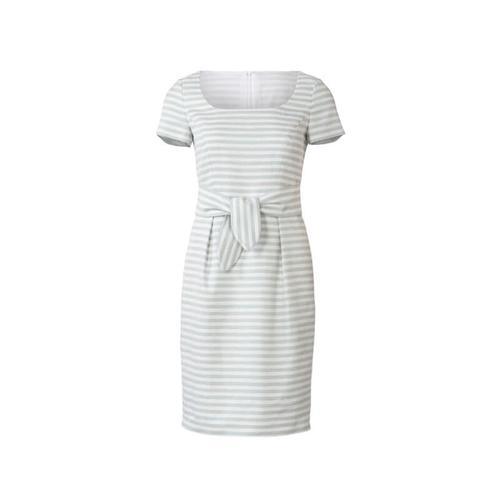 Wykrój krawiecki BURDA na prostą sukienkę zdekoltem karo