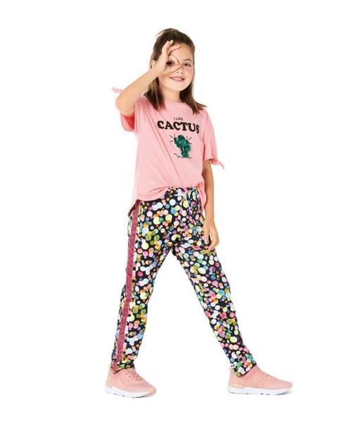 Wykrój krawiecki BURDA na spodnie do biegania, zgumą wpasie, spodnie dresowe